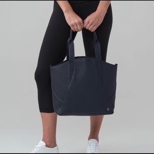 Lululemon All Day Tote midnight blue